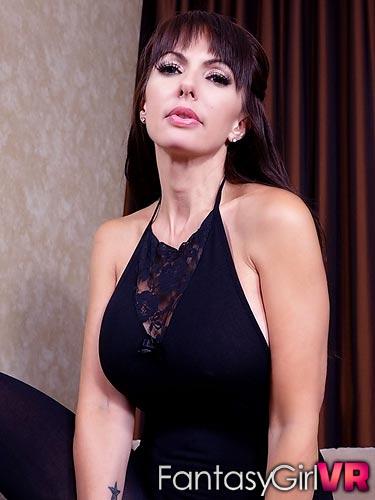 Catalina Cruz pov ass attack in virtual reality porn